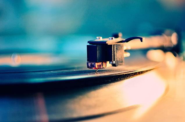 turntable-vinyl
