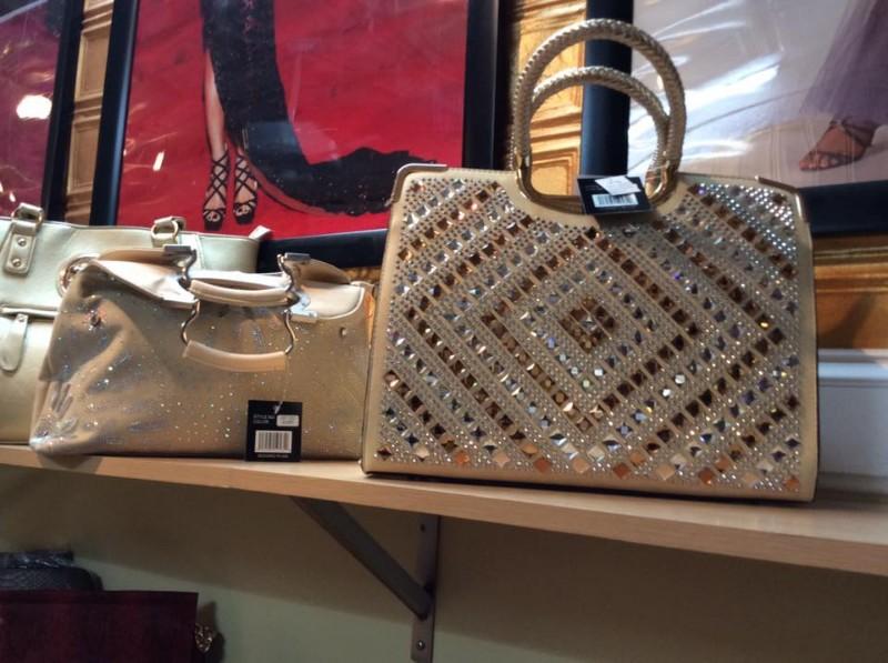 DWC-purses