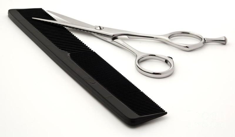 scissors-and-comb